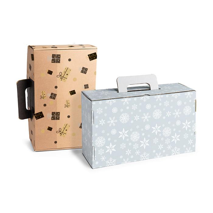 Pappkoffer als weihnachtliche Geschenkverpackung