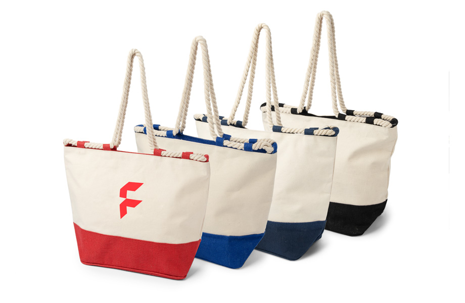 Zip-up beach bags