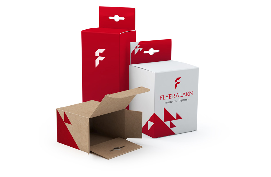 Folding boxes with euro slot hanger